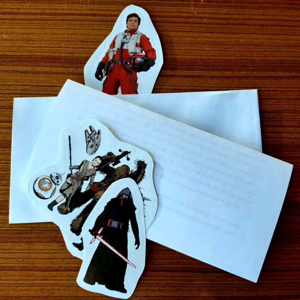 Picture of Star Wars stickers and Envelopes